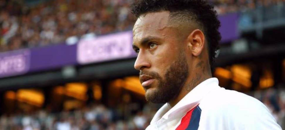Neymar : il paye ses amis pour rester à ses côtés !