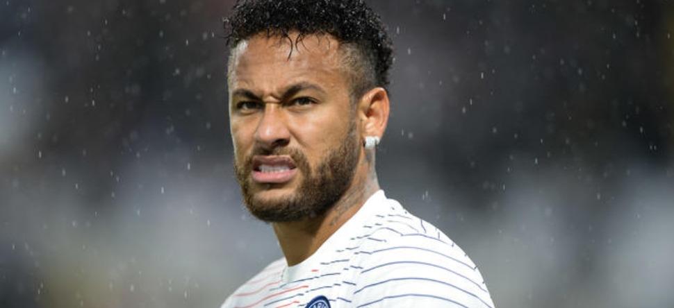 Neymar va avoir droit à sa statue en plein Paris ! (Vidéo)
