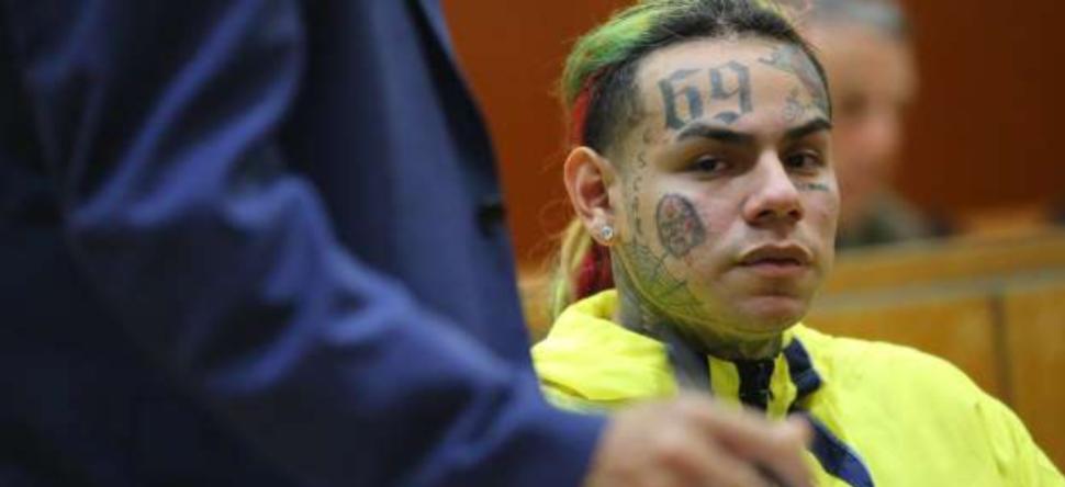 6ix9ine : les procureurs demandent une peine réduite !