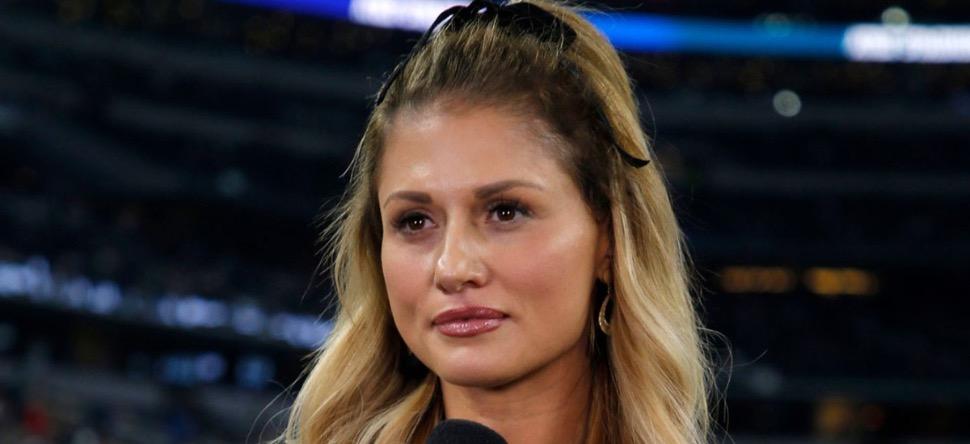 Une journaliste sportive, découvre les infidélités de son mari...
