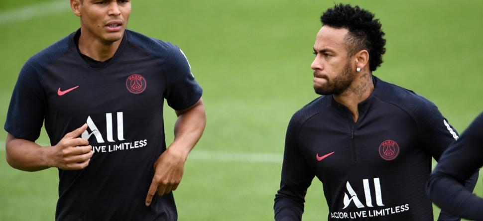 PSG : Neymar et Thiago Silva en quatorzaine ?